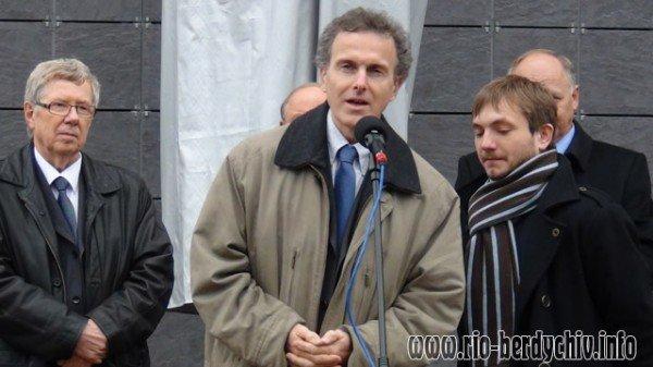 Памятник Оноре де Бальзаку відкрито у Бердичеві. Фото, фото-7