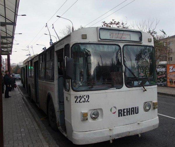 После завершения реконструкции в центре Донецка троллейбусы стали двигаться по новому маршруту (фото), фото-2