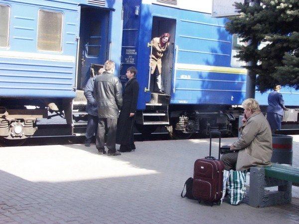 Новые правила покупки билетов на ДЖД окончательно превратили нижнюю полку в вагоне - в полку-мечту (фото), фото-2