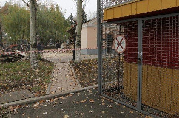 Взрыв морга чудом не уничтожил всю Донецкую железнодорожную больницу (новые подробности, фото), фото-9