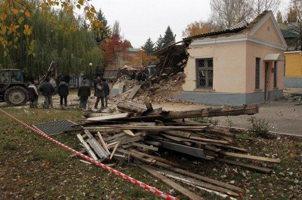 Взрыв морга чудом не уничтожил всю Донецкую железнодорожную больницу (новые подробности, фото), фото-1