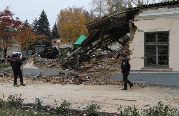 Взрыв морга чудом не уничтожил всю Донецкую железнодорожную больницу (новые подробности, фото), фото-4