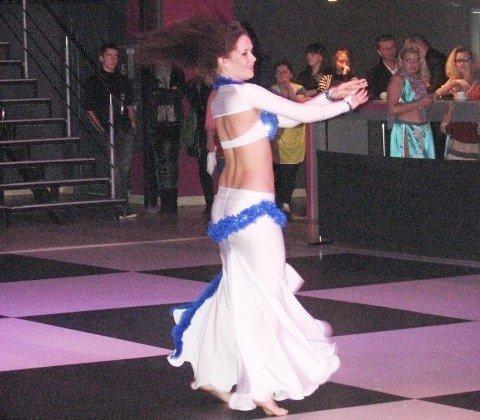 В Тернополі 500 дівчат виконали танець живота (фото, відео), фото-5