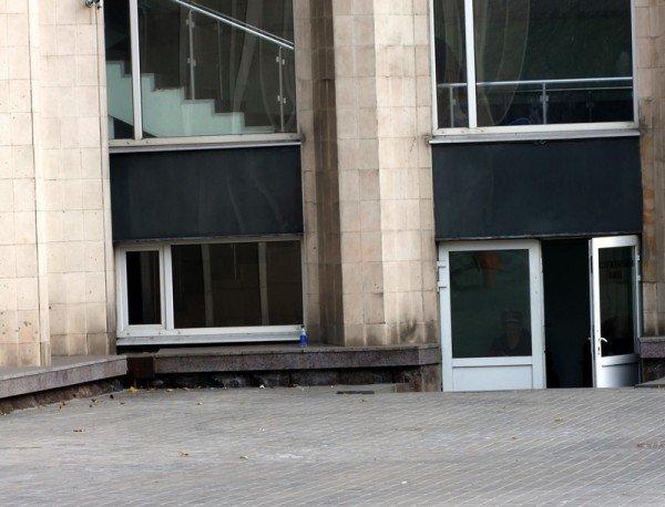 В центре Донецка вандалы устроили погром в Парке кованых фигур (фото), фото-5