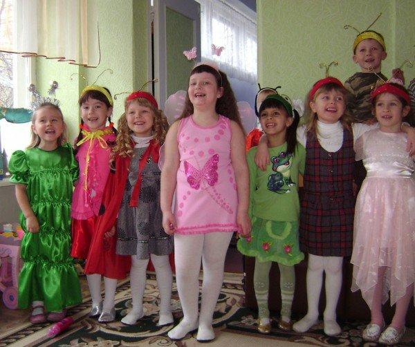 В Артемовском детском саду сегодня танцевали комары, бабочки и стрекозы, фото-1