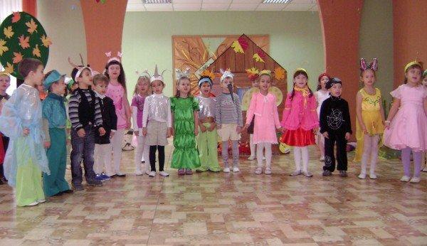 В Артемовском детском саду сегодня танцевали комары, бабочки и стрекозы, фото-2