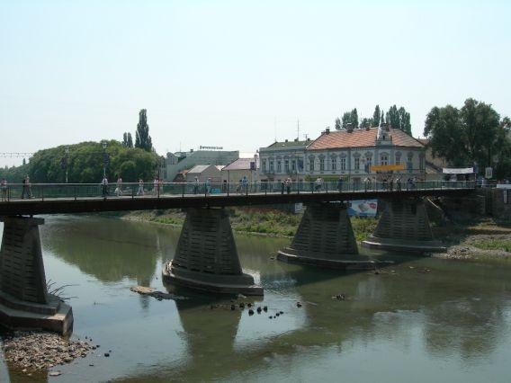 Ужгородська влада хоче заборонити ловити рибу в Ужі, фото-1