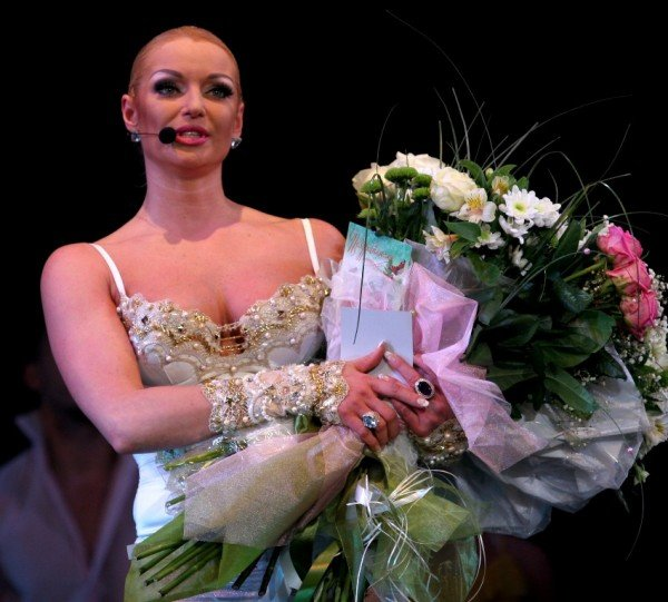 Анастасия Волочкова в Донецке дебютировала в роли певицы (фото), фото-6