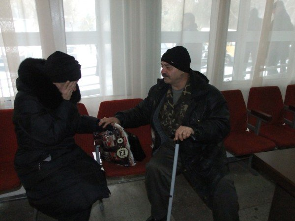 Чернобыльцы в Донецке продолжают голодовку и уже ставят палатки (фото), фото-4