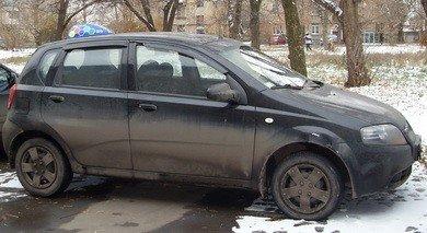 Дончанин «расплатился» за коммунальные долги своим автомобилем (фото), фото-1