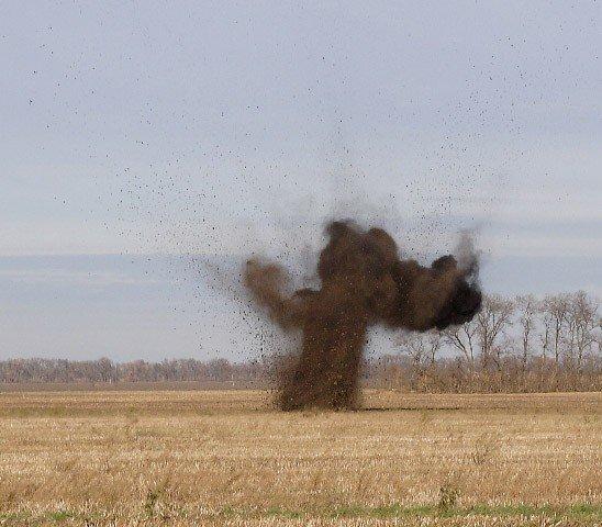 Полтавські сапери поблизу Семенівської школи знайшли фугасний снаряд (ФОТО), фото-5