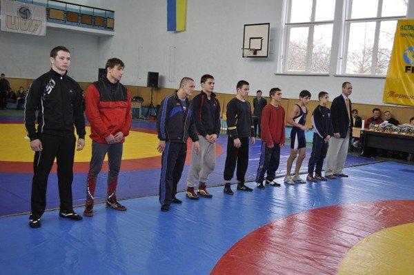 У Тернополі завершився міжнародний  турнір  з вільної боротьби (фото), фото-1
