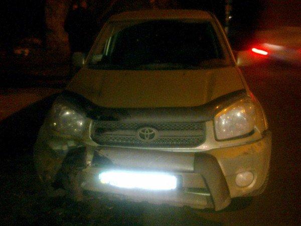 В центре Донецка «Тойота»  сбила 59-летнего мопедиста (фото), фото-1