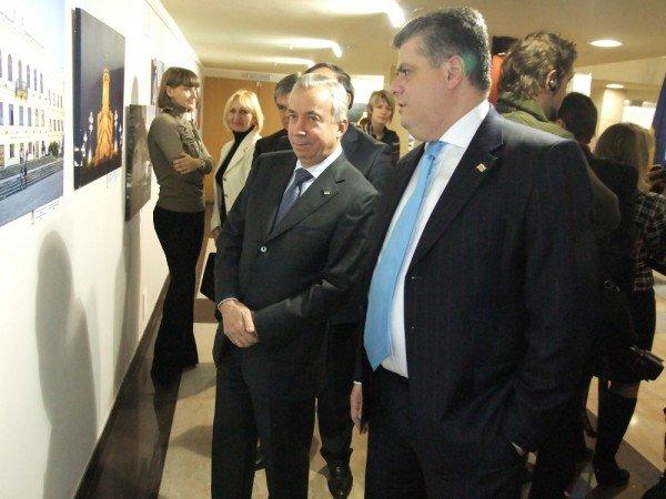 В Донецке показали одну Грузию с двумя реальностями (фото), фото-3