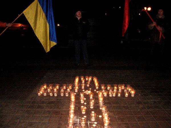 В Артемовске акция в память жертвам голодомора  закончилась панихидой, фото-4