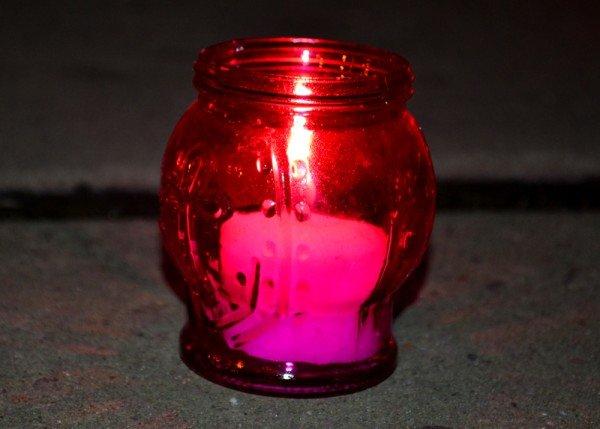 ФОТОРЕПОРТАЖ:Запорожцы свечами выложили слово «убийцы» под обладминистрацией, фото-5