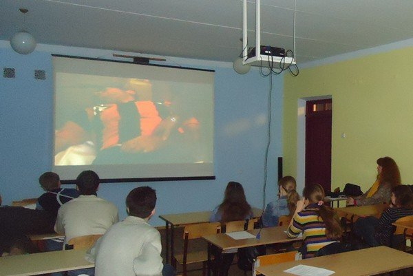 Студенты Горловки провели параллели между музыкой и революцией, фото-2