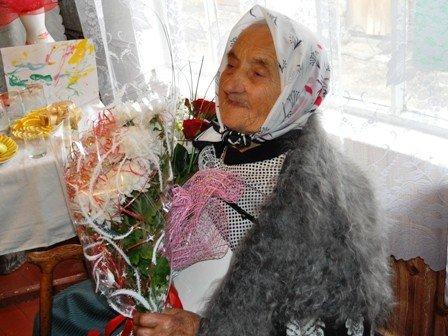 И снова праздник. В Горловке поздравили 100-летнюю юбиляршу, фото-1