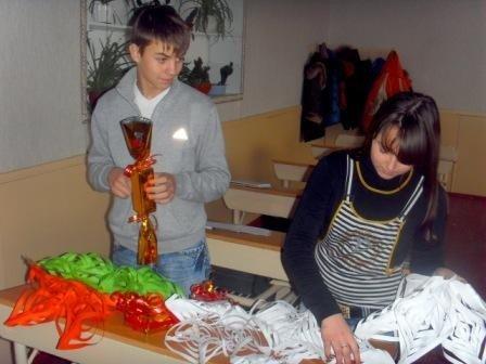 В горловской школе №15 начала работу  уникальная Мастерская Деда Мороза, фото-2