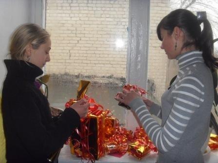 В горловской школе №15 начала работу  уникальная Мастерская Деда Мороза, фото-1