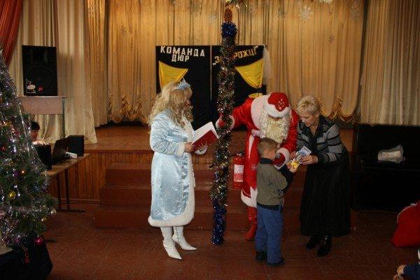 В Запорожье пожарный Дед Мороз напомнил детям о безопасности  (ФОТО), фото-7