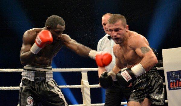 ФОТОРЕПОРТАЖ: В Запорожье прошел боксерский бой за титул серебряного чемпиона по версии WBC, фото-2