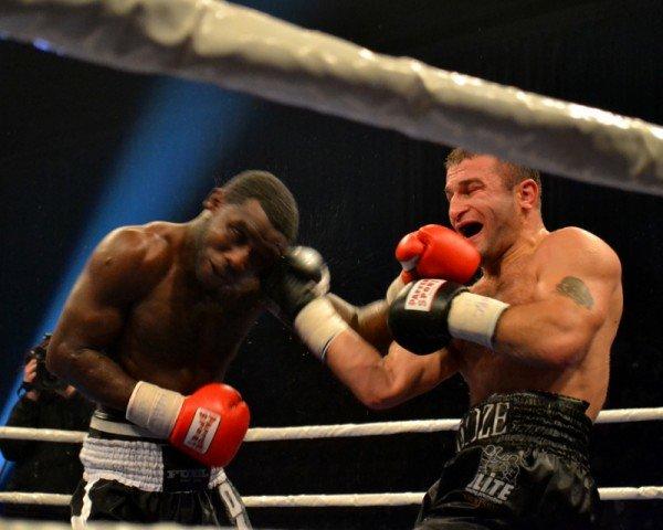 ФОТОРЕПОРТАЖ: В Запорожье прошел боксерский бой за титул серебряного чемпиона по версии WBC, фото-3