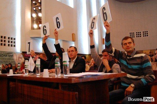 Відбулася перша чвертьфінальна гра Луцької ліги КВН, фото-3