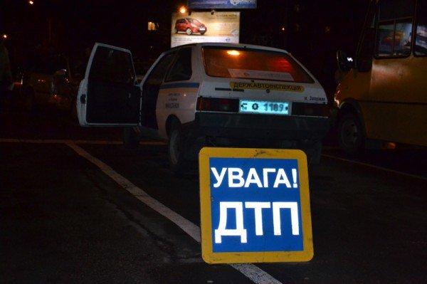 В Запорожье «Мазда» столкнулась с «Ладой», есть пострадавшие (ФОТО), фото-1