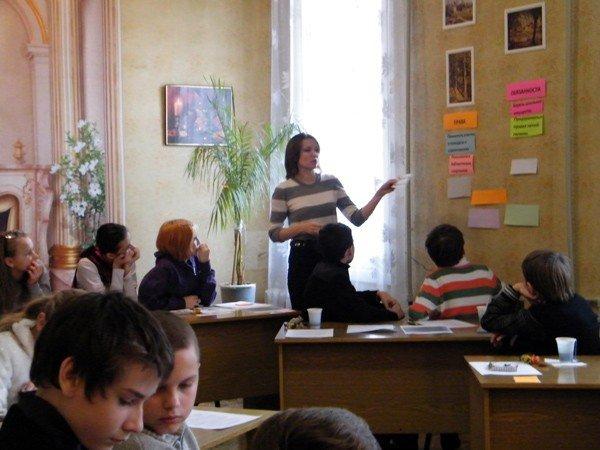 В библиотеке школьникам рассказали, что их «права не  факультативные», фото-1