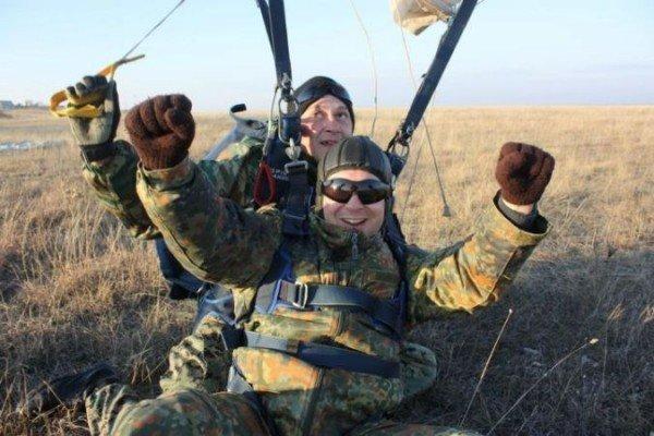 Крымский министр выпрыгнул из самолета (ФОТО), фото-8
