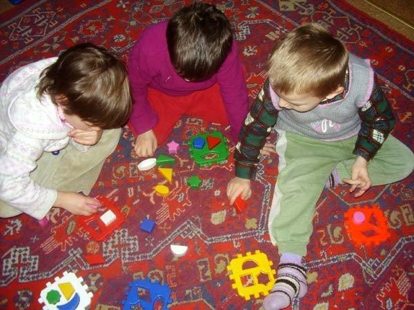 Запорожские волонтеры устраивают в детских домах игровые комнаты  (ФОТО), фото-1