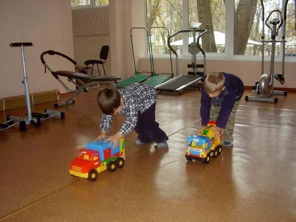 Запорожские волонтеры устраивают в детских домах игровые комнаты  (ФОТО), фото-5