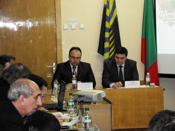 Глава Нацагенства раскритиковал реорганизацию структуры горловского горсовета, фото-1