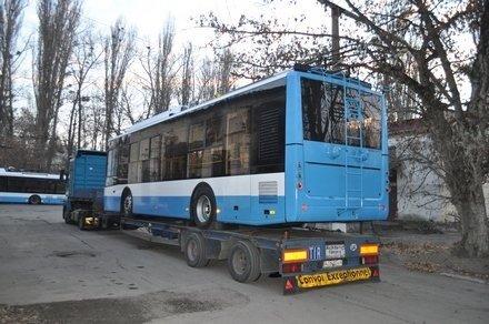 Ялте выделили мини-троллейбусы (ФОТО), фото-1
