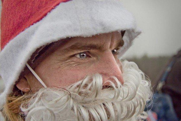 В Запорожье с моста прыгали Дед Морозы (ФОТО), фото-1
