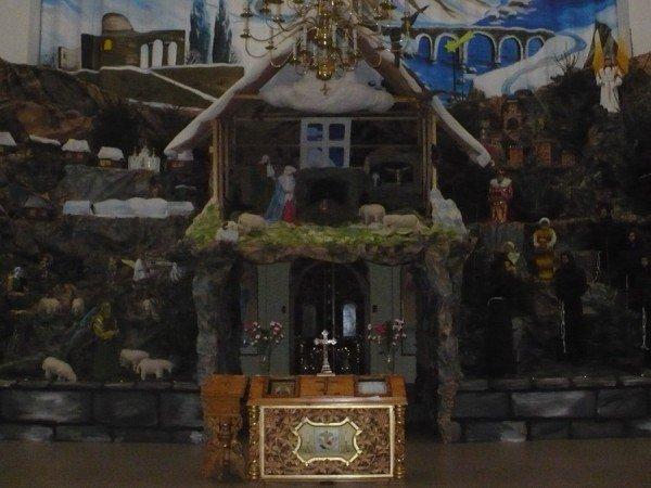 У Тернополі вже встановили найбільшу Різдвяну шопку, фото-1