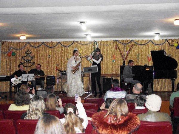 Музыканты горловской музшколы № 2 устроили джаз по поводу окончания года, фото-1