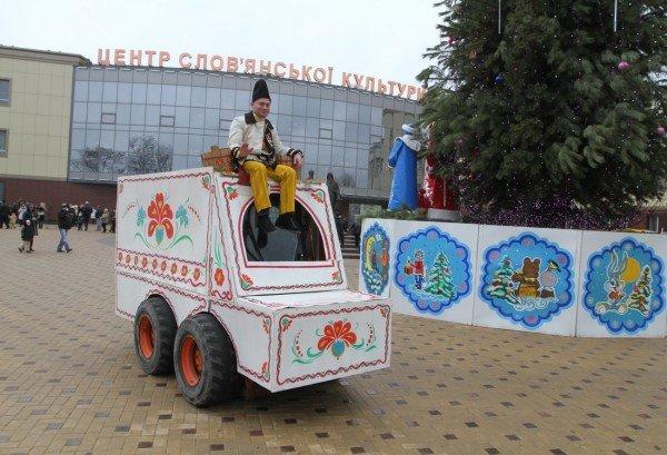 В Донецке прошла Митрополичья елка (фото), фото-1
