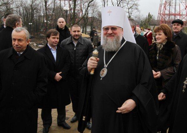 В Донецке прошла Митрополичья елка (фото), фото-4