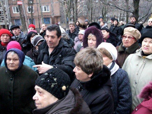 Дончане вышли на митинг протеста против незаконного строительства (фото), фото-3