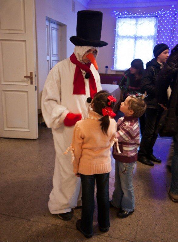 В Запорожье театр «Vie» показал благотворительный спектакль для детей  (ФОТО), фото-2
