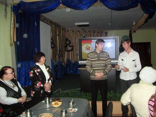 Горловские школьники узнали, как встречали Новый год во время войны, фото-2