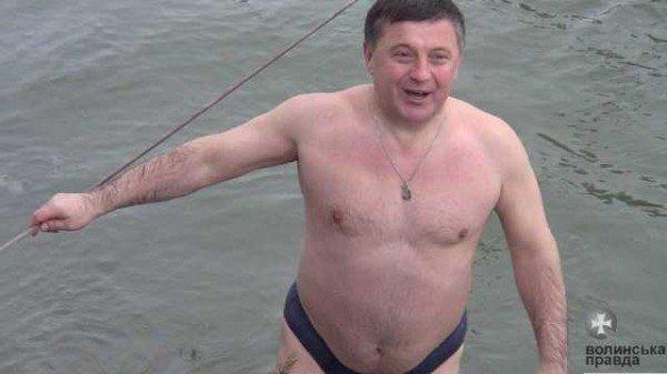Як лучани на Водохреще ходили купатися до холодного Стиру (ФОТО, ВІДЕО), фото-8
