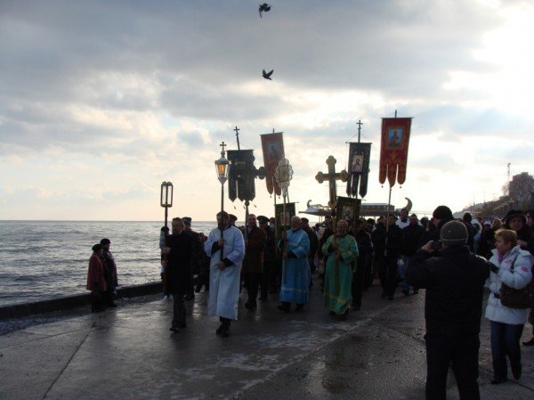 Боярчук с подчиненными отметили Крещение: помолились и искупались в море (ФОТО+ВИДЕО), фото-6