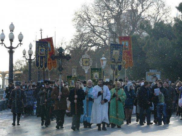 Ялтинцы отметили праздник Крещения Господнего (ФОТО), фото-1