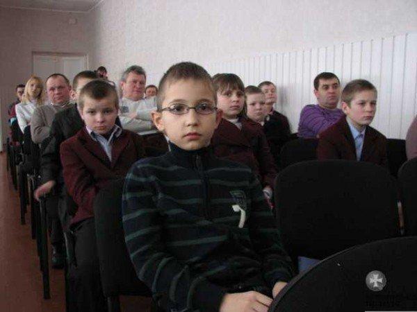 Депутати Волиньради зробили подарунок дітям із вадами зору, фото-6