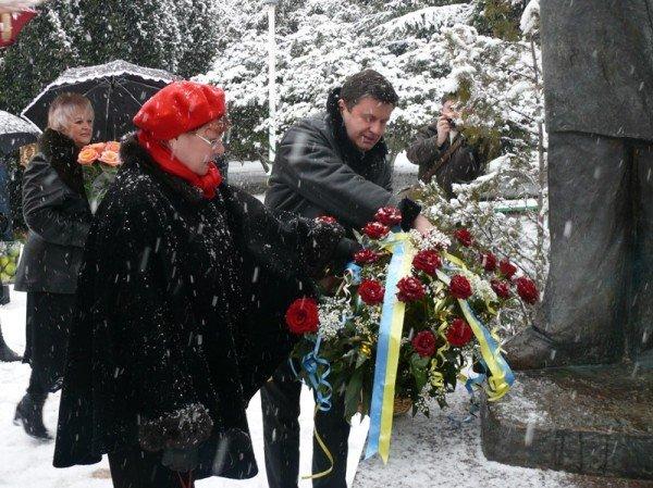 В Ялте уже начали отмечать День Соборности Украины (ФОТО), фото-3