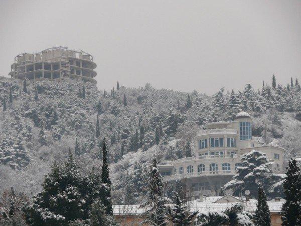 Из-за мощного снегопада все коммунальные службы Ялты работают в круглосуточном режиме (ШИКАРНЫЕ ФОТО+ВИДЕО), фото-7