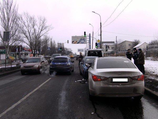 В Донецке «Ланос» на встречной протаранил «Хюндай» (фото), фото-4